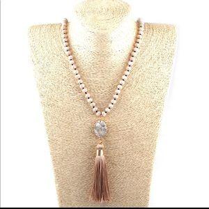 Jewelry - 💠 Boho Crystal Glass Knotted Druzy Stone Tassel